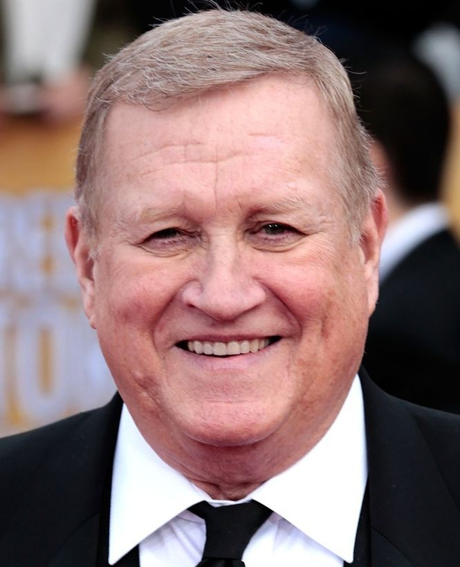 Ken Howard (March 28, 1944 - March 23, 2016) American actor, o.a. known from The Thorn birds, Dynasty and Melrose place.