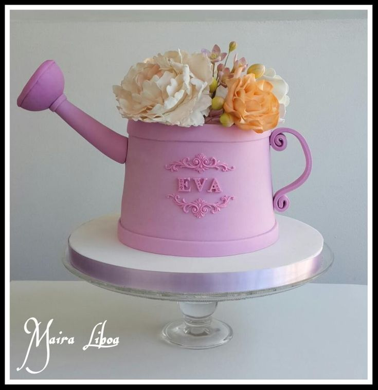 Watering can cake - Cake by Maira Liboa