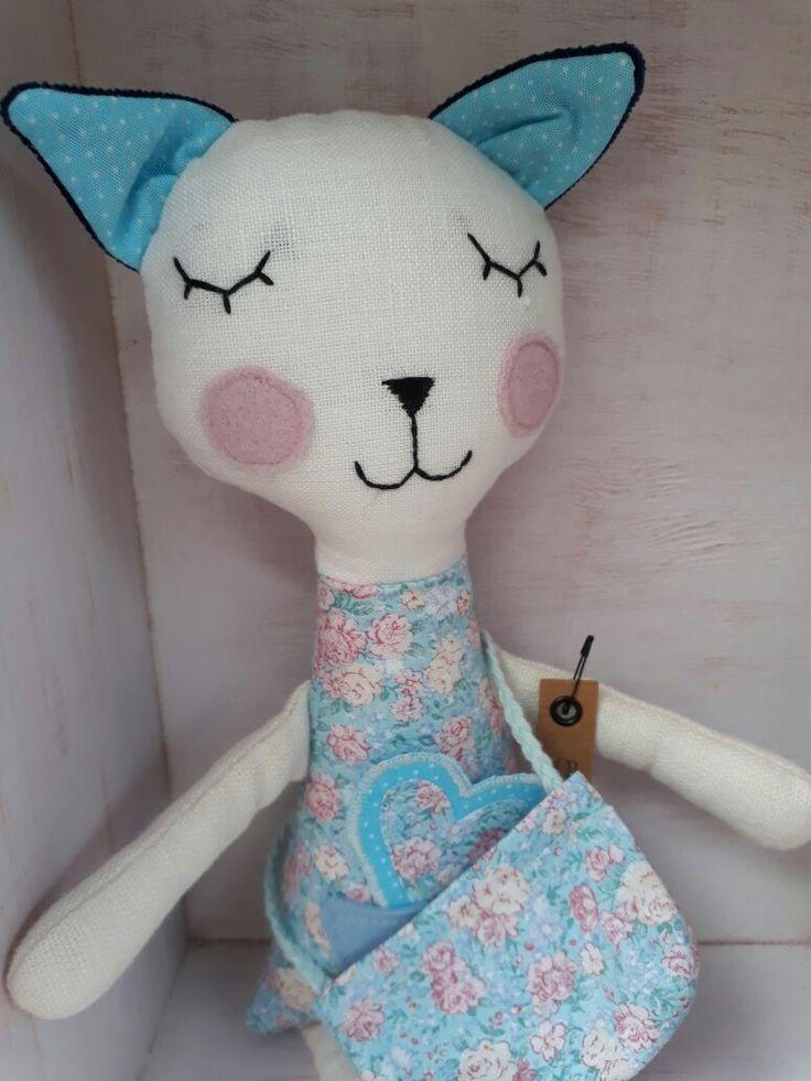Softie, cat, handmade by www.abricot-et-lavande.ch