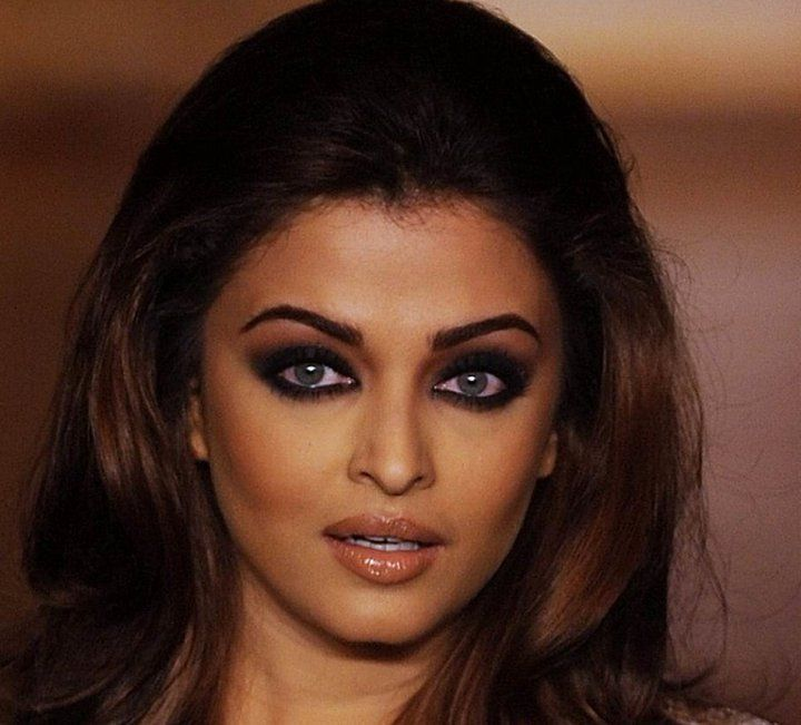 Aishwarya Forthright doesn't have a good ring to it.
