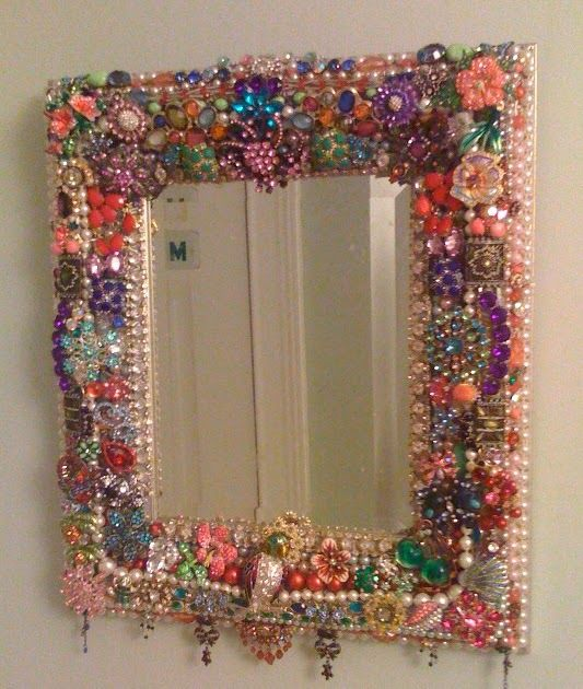 My mom visited this past weekend, and here's the project we did- a 'jewelry mirror.'      We had so much fun picking through the jewelry we ...