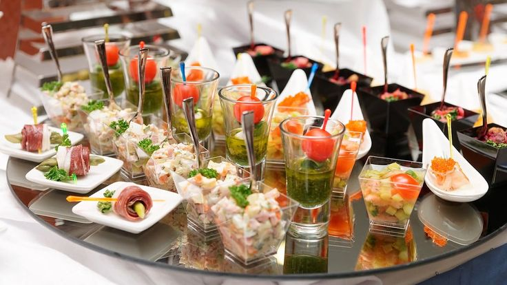 10 Reasons to hire catering for parties – StackStreet