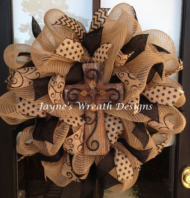 Burlap Wreath with cross... OMG I HAVE TO MAKE THIS ONE!!!!: