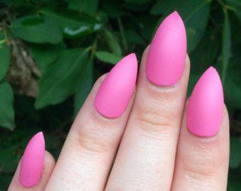 Chiodi opachi marrone rossiccio unghie unghie finte di nailsbykate