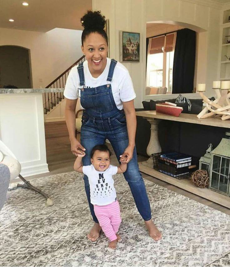 Tamera Mowry and baby girl Ariah @GottaLoveDesss