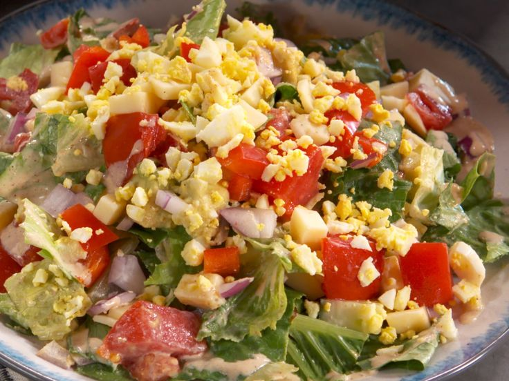 Get this all-star, easy-to-follow Cobb Salad and Bacon Buttermilk Dressing recipe from Nancy Fuller