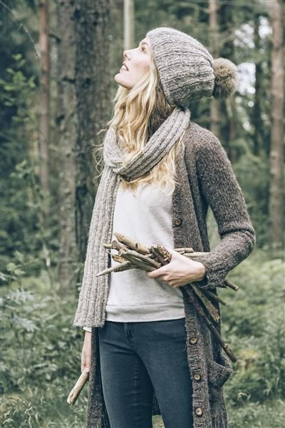 1414: Modell 1 Lang jakke #Tweed #strikk #yarn