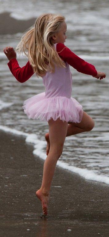 Tiny dancers future ballerinas!