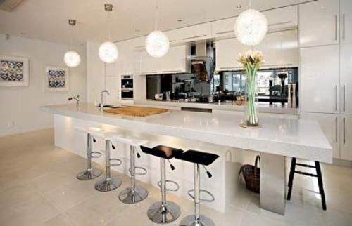 I love a HUGE island in the kitchen.