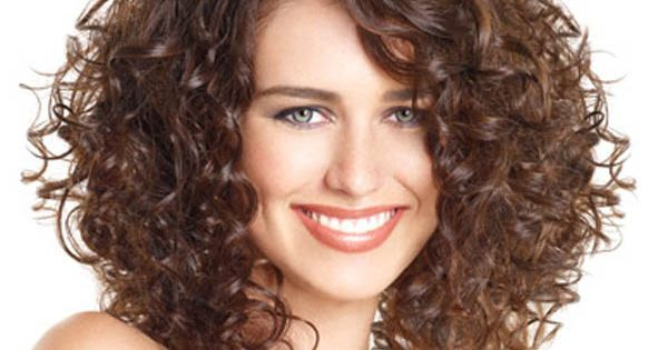 Mid Length Layered Hairstyles | Back to Post :Mid Length Curly Hairstyles with Layers | hairstyles and furstyles | Pinterest | Curly girl, Curly haircuts and C…