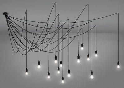 Scopri Sospensione Maman Dimmable, Lampadina transparente / Cavo nero di Seletti disponibile su Made In Design Italia il miglior sito online di design.