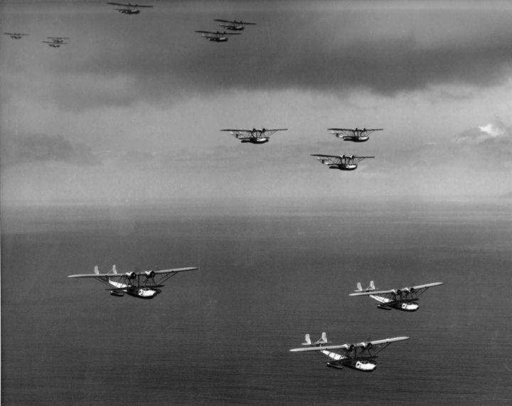 P2Y aircraft of US Navy squadron VP-4 in formation flight over the Pacific Ocean 17 November 1935.