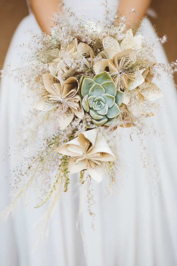 Paper flower bouquet | Photo by Dear Heart Photos | Read more - http://www.100layercake.com/blog/?p=76284