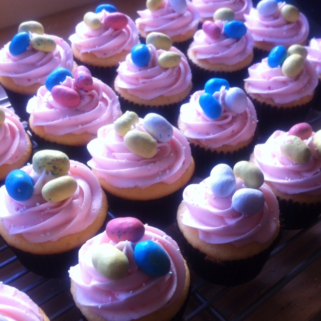 easter cupcakes.    (vanilla cupcake with strawberry frosting): Vanilla Cupcake