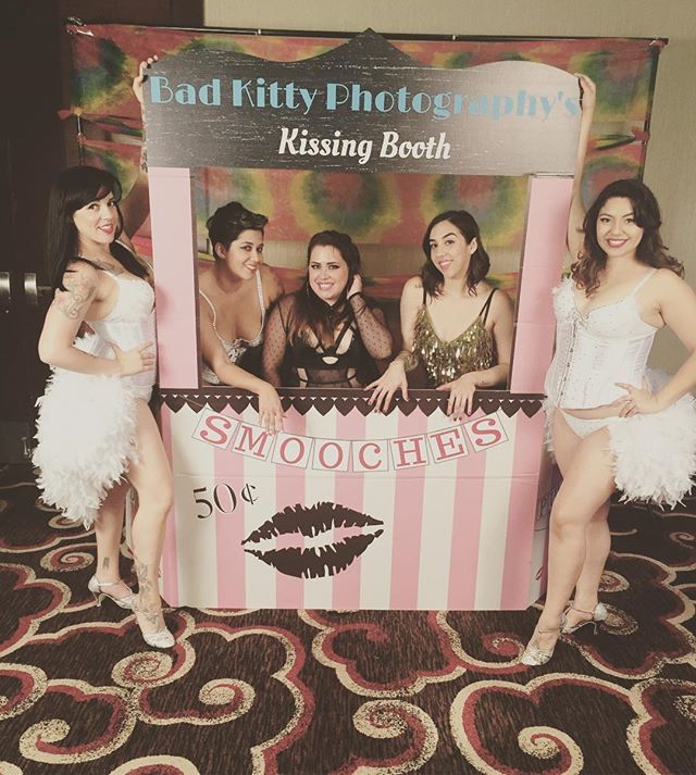 'Having so much fun tonight! #wishyouwerehere  #tonight #sdevents #evententertainment #eventdancers #eventprofs #sandiegodance #sandiegoevents #sandiegodancer #sandiegoshowgirls #pixiestixxburlesque #laurasslumberparty #badkittyphotography' by @pixiestixxdancers. What do you think about this one? @aandblondon @princesspartyeventssocal @allinthedetailsevents @saltandhoney @xdsgrams @kaelex_place @riverwoodmansion @simonelliotevents @xdsgrams @aceproductionsevents…