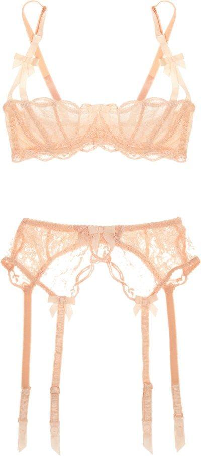 Agent Provocateur underwire bra / Agent Provocateur Love lace suspender belt