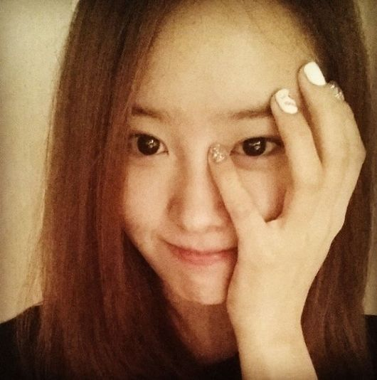 Secret Song Ji Eun's No-Makeup Face 'Beautiful' http://www.kpopstarz.com/articles/95966/20140618/secret-song-ji-euns-no-makeup-face-beautiful.htm
