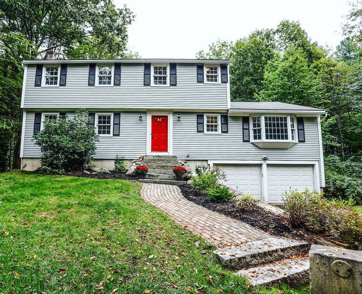 This bright red door makes me think of how close we are to autumn! You could call this Bedford home yours before the trick-or-treaters come knockin'! We haven't even made this brand new listing live yet so you've heard the great news here first!!  #BedfordNH