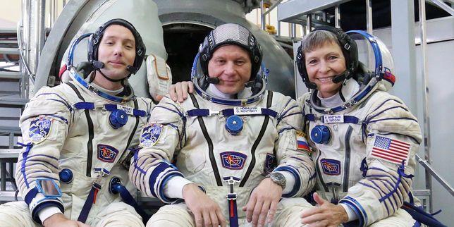 Le Français Thomas Pesquet a décollé de Baïkonour avec ses deux coéquipiers pour une mission de six mois dans la Station spatiale internationale.