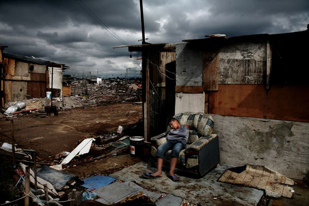 A child is sleeping on an armchair in full daylight (Lomas de Zamora, southern outskirts of Buenos Aires, Argentina; May 2009). Lomas de Zamora is one of the slums ('villas') in which Paco is most widespread.
