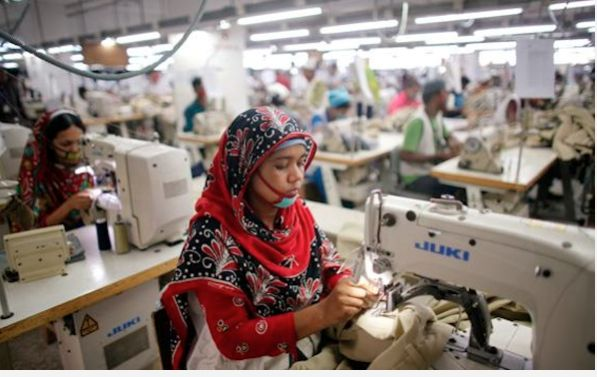 Nueva tragedia en fábrica textil de Bangladés ocasiona 8 fallecidos http://www.ecuavisa.com/articulo/noticias/internacionales/292916-nueva-tragedia-fabrica-textil-banglades-ocasiona-8?utm_campaign=crowdfire&utm_content=crowdfire&utm_medium=social&utm_source=pinterest
