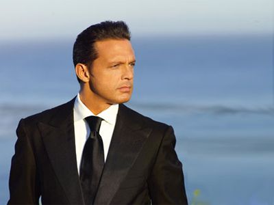 Luis Miguel. Oh and he can sing too!