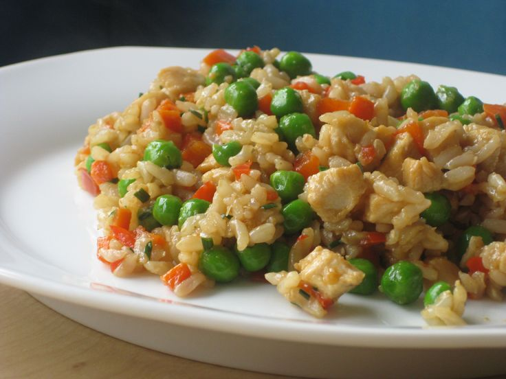 Quick and Easy Garlic Chicken Fried Rice @ http://allrecipes.co.uk