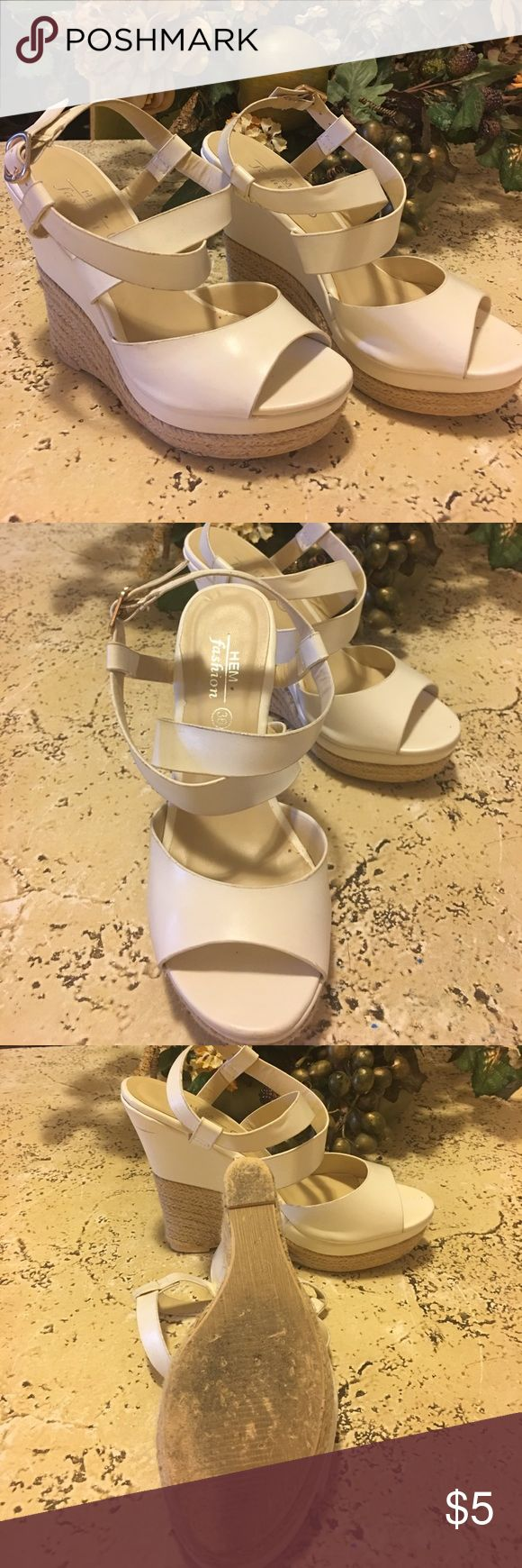 Hem fashion ladies shoes Size 36 light cream color one imperfection hardly noticeable see pictures Hem Fashion Shoes Platforms