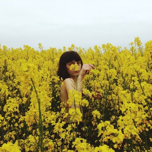 flowers, girl, and soft grunge image