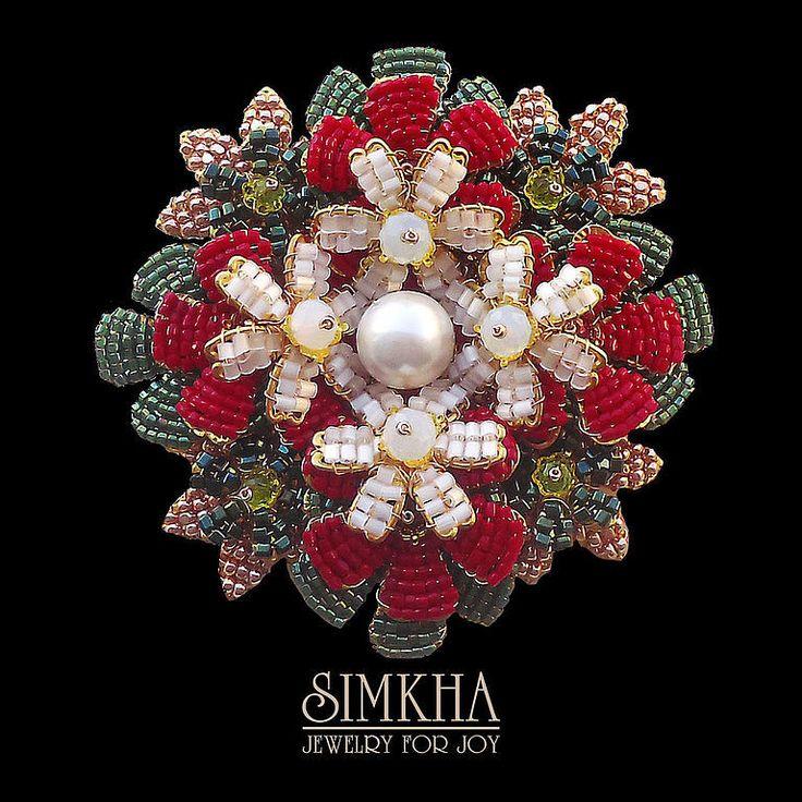 Купить или заказать Брошь №3 из коллекции 'Рождественская' в интернет-магазине…