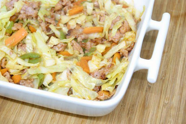 Cocinerando | Recetas de Cocina con Fotos: Salteado de Col con Salchichas