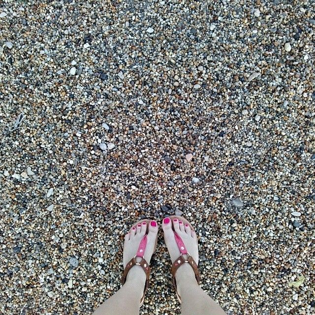 @Balaton #balaton #pebbles #colorful #happiness #shoes #nails #pinknails  #fashion #fashionnails #me #today #lovely #followforfollow #fff #f4f