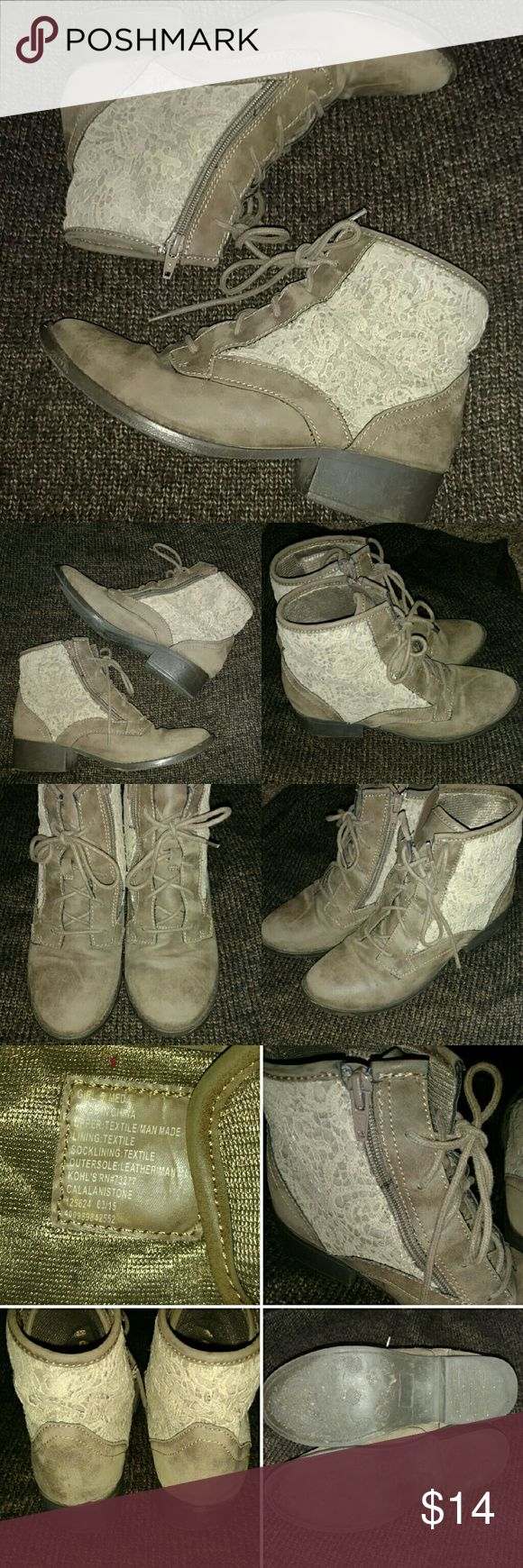 ADORABLE LADIES TAN CREAM LACE BOOTIES ADORABLE LADIES TAN CREAM LACE ANKLE BOOT BOOTIES Tag says size girls 5 but fit like ladies 6.5  Leather like material. Very soft. Loose around foot makes for perfect wear with wool socks. Soles are rubber.   No trades Shoes Ankle Boots & Booties