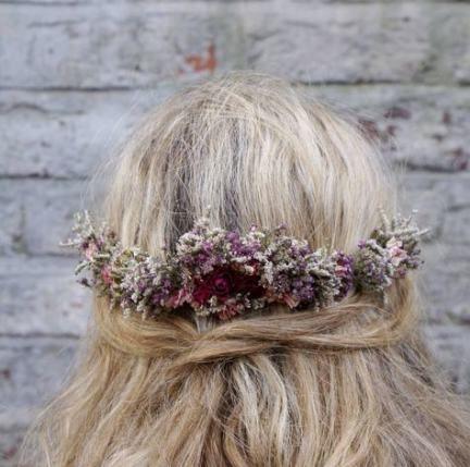 48+ Ideen Hochzeitsfrisuren Half Up Half Down mit Kamm Flower Crowns für 2019
