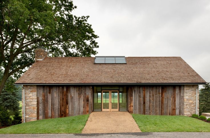 Wooden addition A Modern Reinterpretation of a Historical Rural House in Pennsylvania