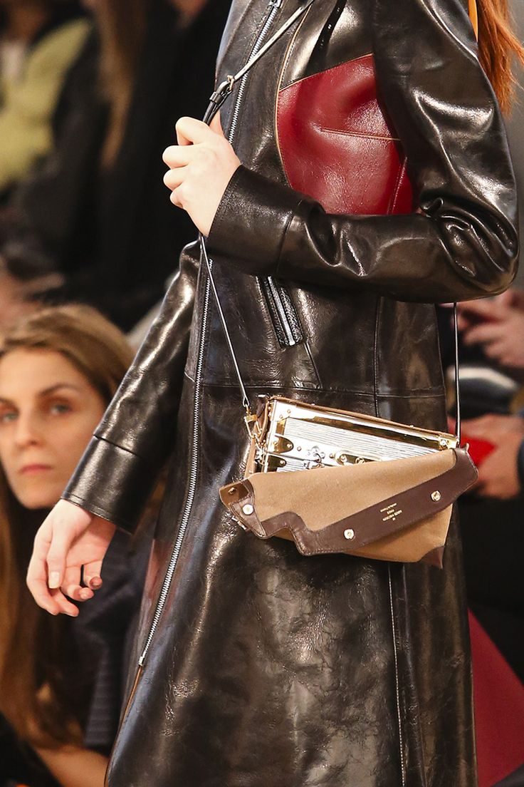 Louis Vuitton Fall 2014 RTW - Details - Fashion Week - Runway, Fashion Shows and Collections - Vogue