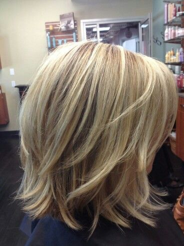 Glatte Haare medium Good length and color