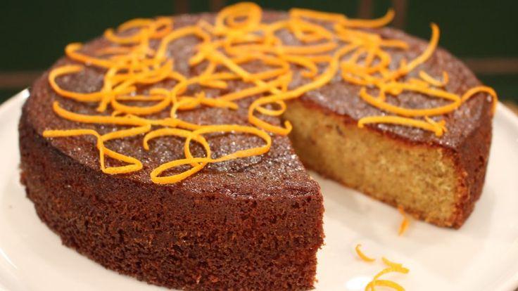 Spelt-mandel-appelsinkage er en lækker dansk opskrift af Trine Hahnemann - 'Brød og Kager' fra FRIs Bageri, se flere dessert og kage på mad.tv2.dk