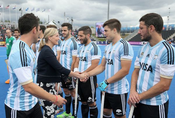 Sophie Photos - Sophie, Countess of Wessex meets the Argentina players during the final match between Argentina and the Netherlands on day nine of the Hero Hockey World League Semi-Final at Lee Valley Hockey and Tennis Centre on June 25, 2017 in London, England. - Sophie Photos - 3 of 827