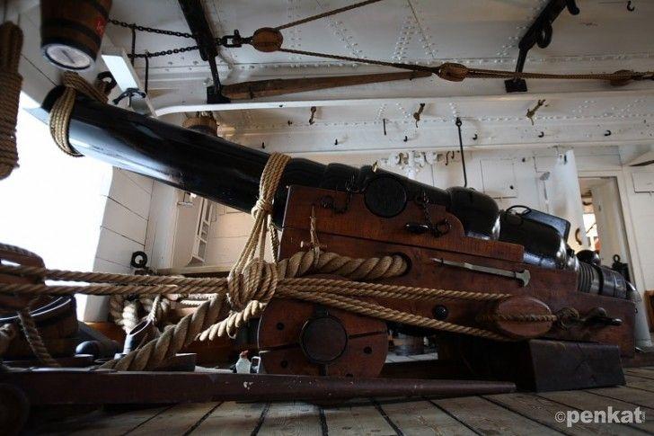 HMS Warrior Canon
