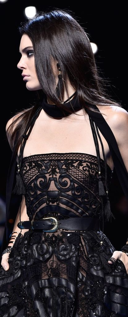 Kendall Jenner Photos Photos: Elie Saab : Runway - Paris Fashion Week Womenswear…