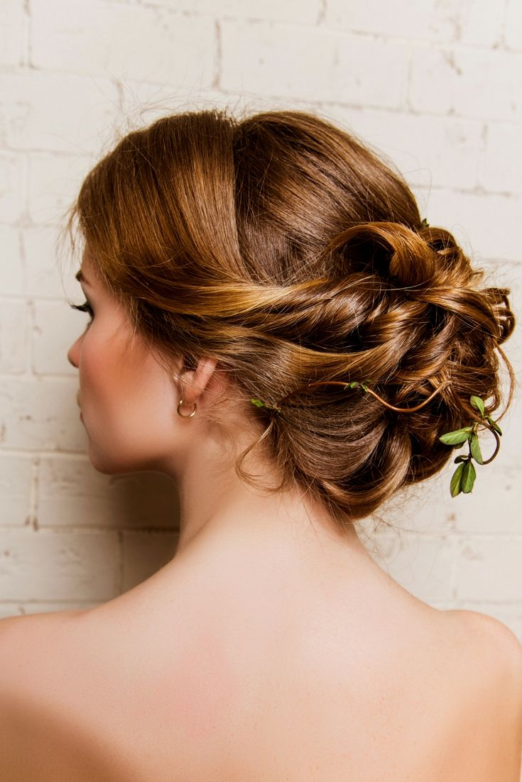 beautiful wedding hairstyle gallery. still browsing for the
