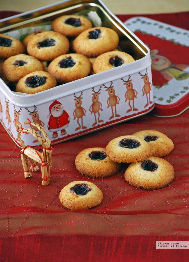 galletas de coco y mermelada de arandanos