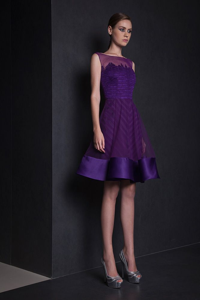 Short princess Purple dress with a Tulle skirt featuring a satin band on the hemline and a Silk thread embroidered bust.
