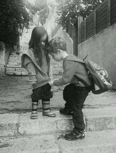 Pratica gesti casuali di gentilezza e atti insensati di bellezza. (Anne Herbert)
