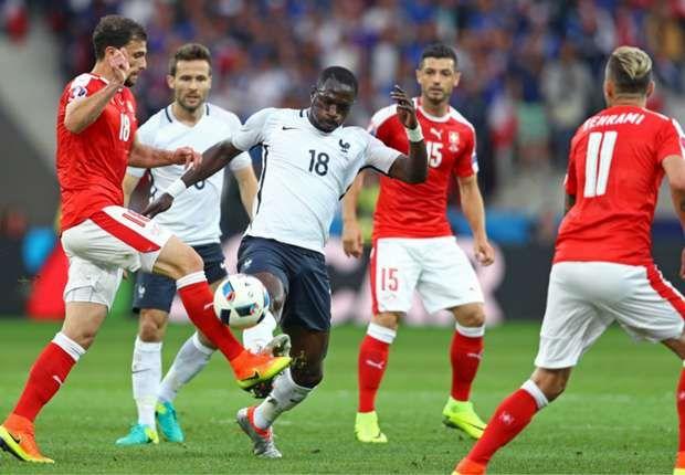 Francia y Suiza empataron 0-0 para pasar ambos a octavos en la Eurocopa.