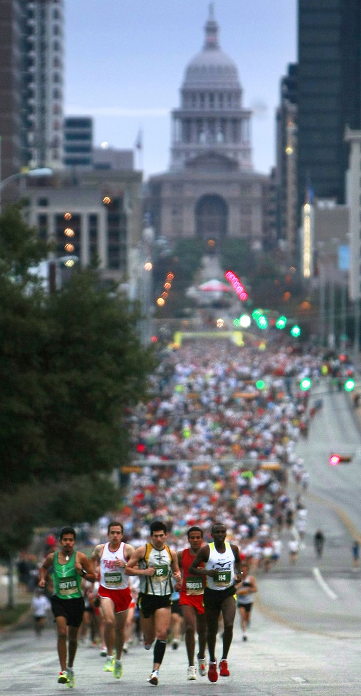 Austin, TX  Marathon or Capitol 10K - not sure.  Looks like the old Motorola Marathon, though... people who look like the one's in the front don't usually run the 10K! ;)