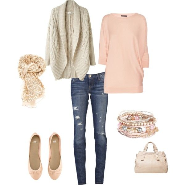 Love the long pink sweater:)