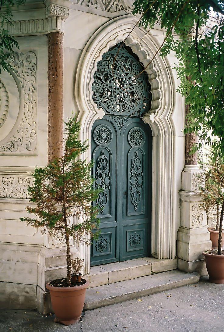door in Istanbul, Turkey by Semih Emiroğlu on 500px