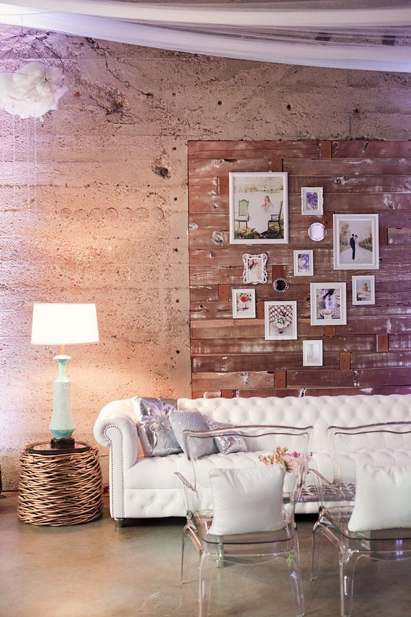 wall inspirationDreams Home, Chairs, Basements Design, Living Room, Wooden Wall, Rustic Country, Events Invitations, Country Dreams House, Photos Arrangements